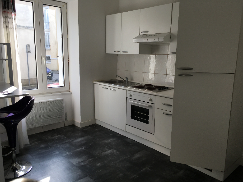 EXCLUSIVITE  ST MICHEL  T1   DE  30 M2